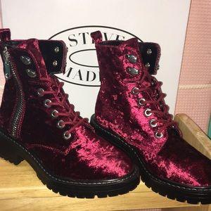NEW Steve Madden Crushed Velvet Black Cherry Boots